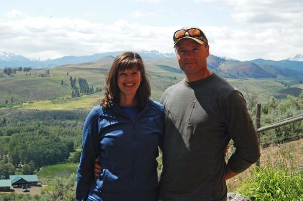 Photo by Ann McCreary Vikki and Ottis Buzzard at their Balky Hill home: headed for Alaska's open spaces.