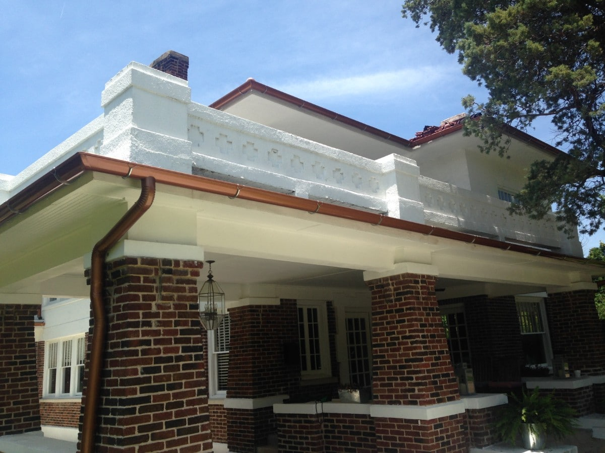 Gray Cons Half Round Gutters Take A Look At Se Homes That Feature Copper Painted Gutters Installed Bymetroplex Gutter Copper Painted Gutters Metroplex Gutters Half Round Gutters Pros Sale houzz-03 Half Round Gutters