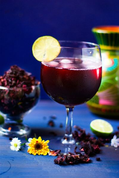 Agua de Jamaica | Ice Cold Hibiscus Tea