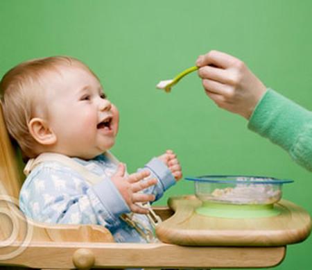 Không nêm mắm, muối vào đồ ăn cho bé, vì sao? - Chăm sóc bé - Cách nuôi dạy con trẻ - Chăm sóc trẻ em - Cho trẻ ăn dặm - Dinh dưỡng cho trẻ em