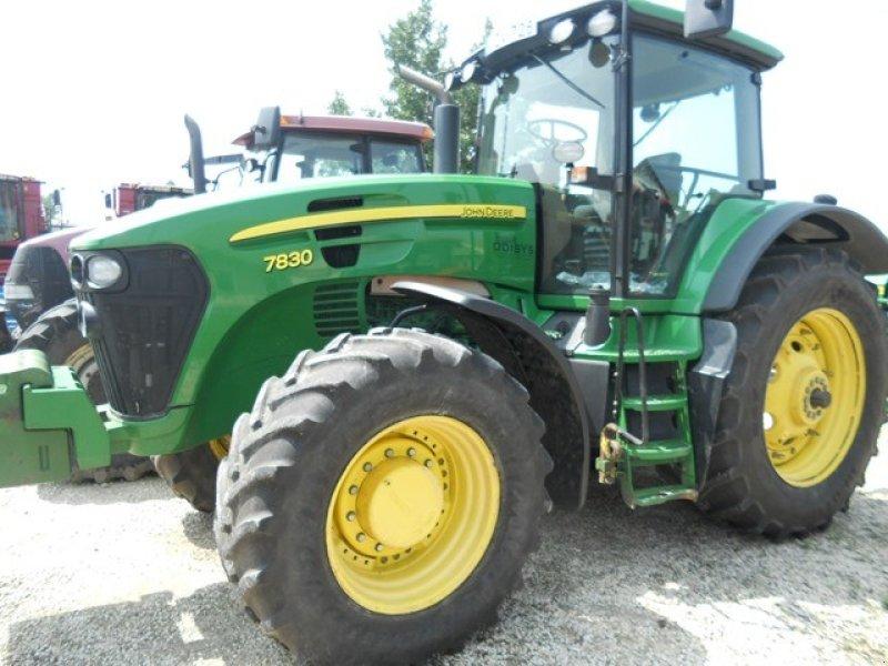 Traktor des Typs John Deere 7830 ekkor: Békéscsaba