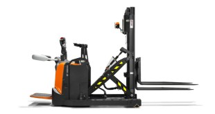 Toyota Material Handling UK shortlisted for two FLTA awards for Excellence