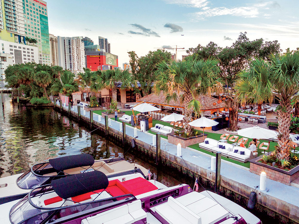 restaurantes-em-frente-ao-mar-river-yatch-club-miami