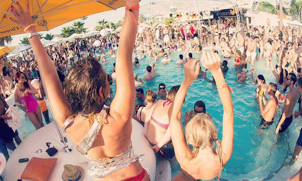 miami-pool-parties-miami-tips-2