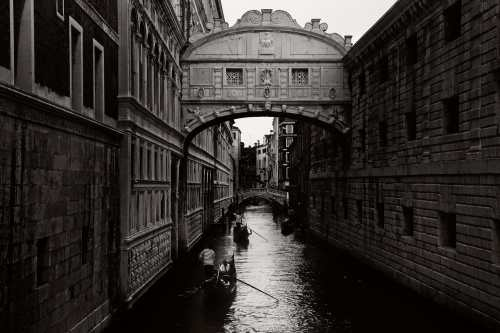 Venice Italy Limited Edition Photography Michael David Adams Photographer bridge of sighs gondola