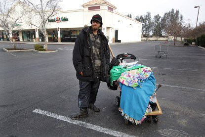 homeless_in_bako_web
