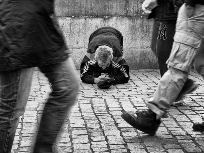 beggar-on-a-bridge