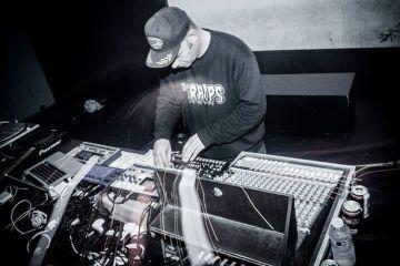 neil-landstumm-live-techno-electronic-electro-bass-zaragoza-spain