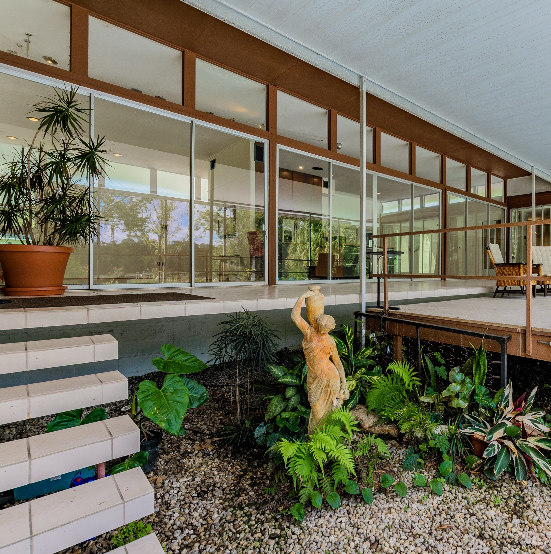 Mid-Century Modern Homes Tampa