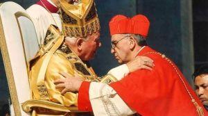 Hoy hace 17 años San Juan Pablo II creó cardenal al ahora Papa Francisco [VIDEO]