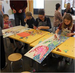 kids-team-up-for-art