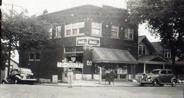 A neighborhood store at the southeast corner of Tracy and E. 43rd Street once served residents of Manheim Park. The store is no longer standing, but this is how in looked in 1940. Courtesy Kansas City Public Library - Missouri Valley Special Collections.