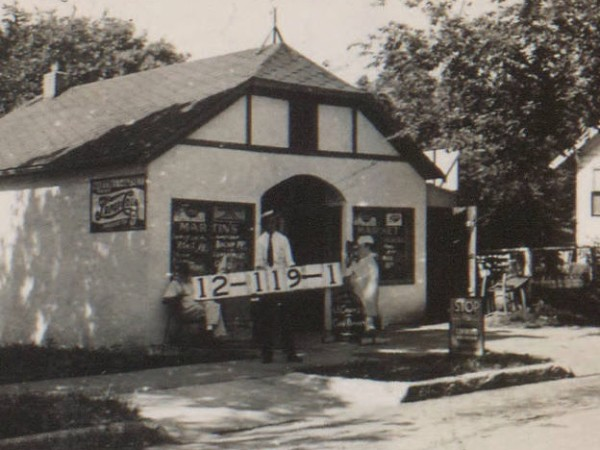 One of Midtown's early local grocery stores was Martin's Market at 1507 W. 47th, seen here in 1940.