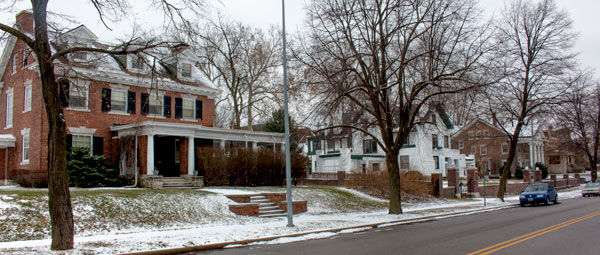 The 4300 block of Warwick holds an important place in Kansas City history. When well-known civic and business leaders moved into these large homes between 1900 and 1915, they helped spur a movement to the newly-developing south side.