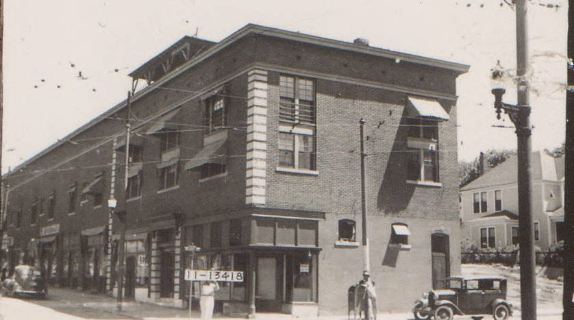 This Long Building At A Busy Streetcar Stop At 39th And Summit (now  Southwest Trafficway) Once Housed Apartments, Grocery Stores, Drug Stores,  And A Beloved ...