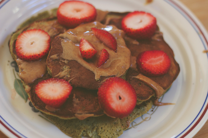 5 min protein pancakes - midwestlovefest