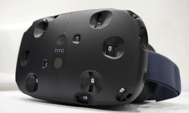 HTC announces prices Vive bundle, sets pre-order date