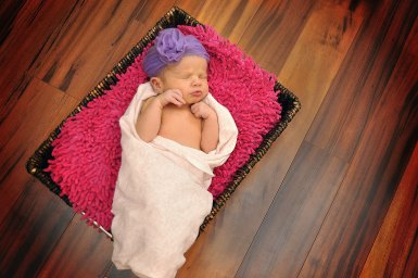1-P-newborn-photography-pulaski-wi