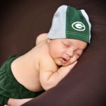 P-newborn-photographer-green-bay-packers