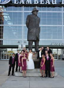 W-lambeau-field-wedding