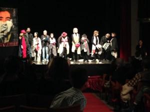 """Ecco gli a""""attori reclusi"""" (tra cui alcuni ora liberi e ancora in attività a teatro) che hanno animato una serata singolare"""