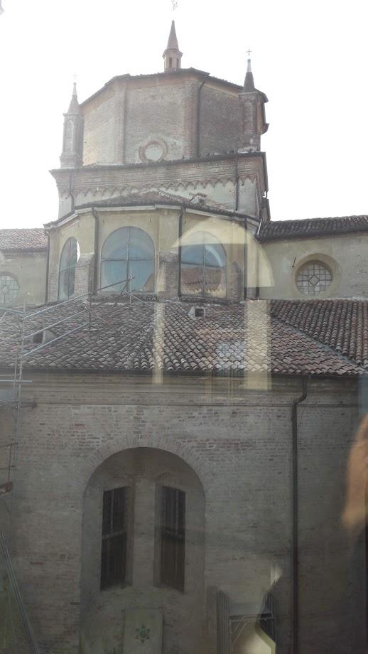Il tiburio e le parti retrostanti della chiesa dove si legge chiaramente l'impianto tardogotico (foto di Robert Ribaudo)