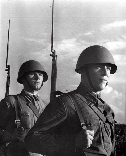 Iran vs. the Allies — The Persian Gulf War of 1941
