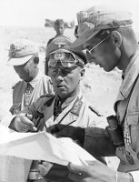 Rommel_with_his_aides-1