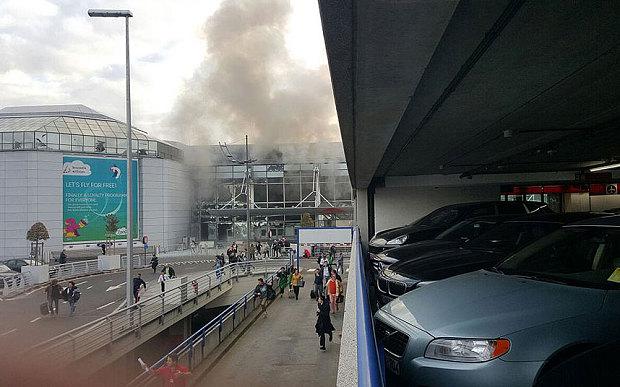 Brussels_smoke_3598751b