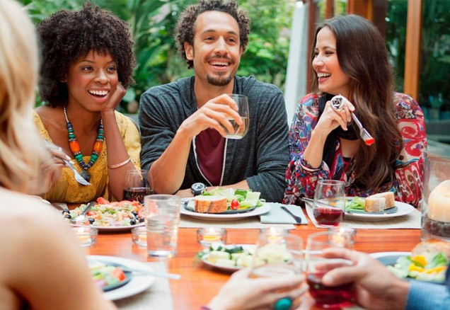 Millennial Magazine - dinner-party-with-friends-thumbnail