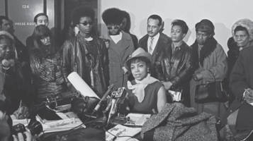Among the many causes Dee championed were the Black Panthers. Here the actress speaks at a 1969 press conference during the trial of the Panther 21, the leadership of the east coast membership of the Black Panther Party, who were on trial for conspiracy and other charges for which they were all ultimately acquitted. David Fenton / Getty Images