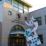 milwaukee-northside-ymca-young-leaders-academy-building-exterior-sculpture