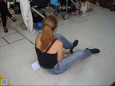 ¿qué estoy haciendo en el suelo...??? Je,je,je...