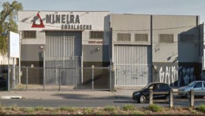 Mineira-Embalagens-Fachada-Deposito