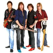 feature-pat-travers-band