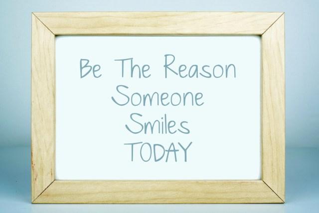 faça alguém sorrir