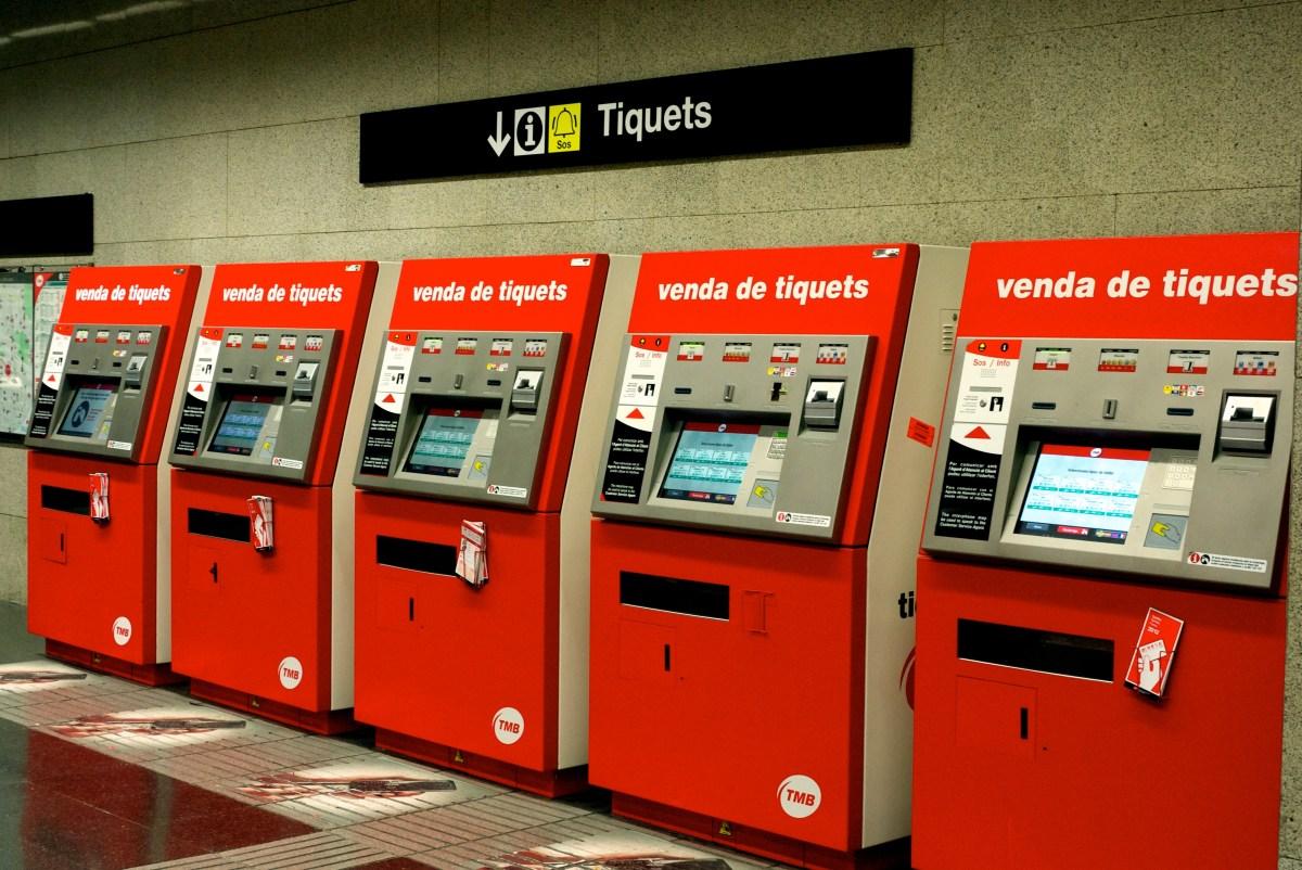 Deu recomanacions per estalviar en transport públic a Barcelona