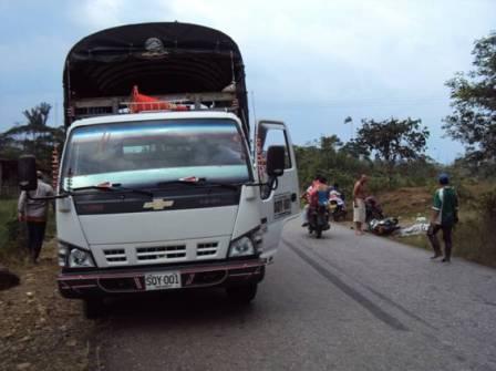 Camión que causo  el accidente kilómetro  9 vía  Orito, Siberia.