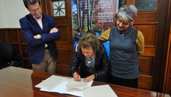 Instituto SINCHI y Fundación Alma firman convenio de cooperación interinstitucional