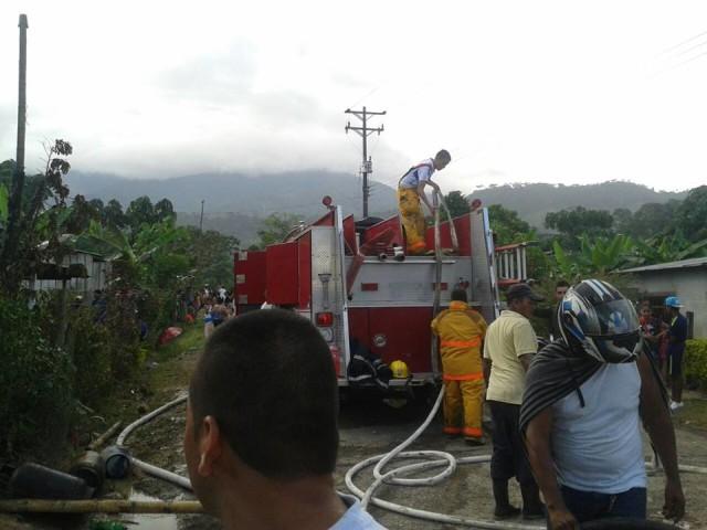 Incendio causa tragedia en Mocoa, quedaron solo con la ropa que llevaban puesta