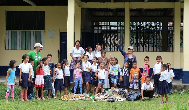 Anaconda capacitó 453 personas del Resguardo Indígena el Hacha y sectores vecinos, incluidas comunidades del Ecuador