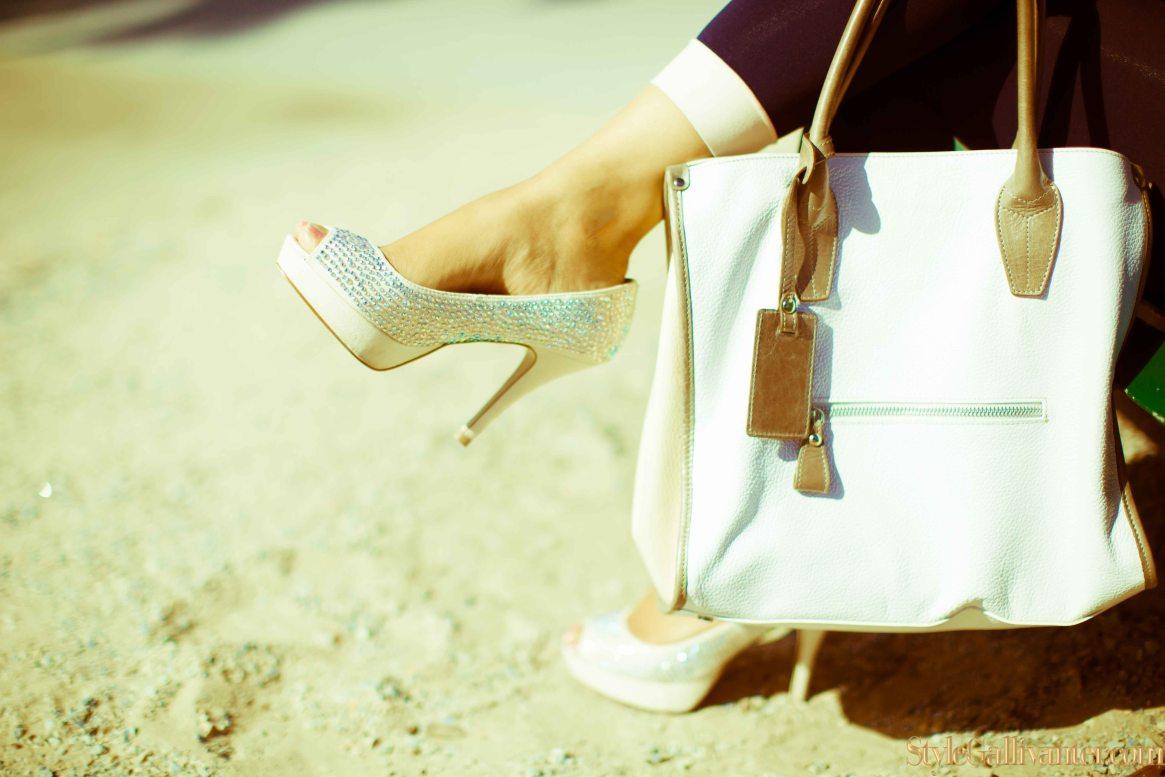 trade-secret-bags_best-shoe-blogger-melbourne_best-online-magazine-bloggers_best-new-magazine-editors_modern-vintage-magazine-covers-2014_retro-magazine-covers_best-new-fashion-bloggers-2014-11