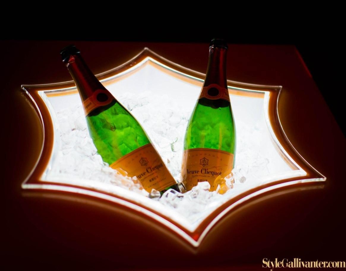 ferrari-california-t-melbourne-launch_ferrari-californiat_luxe-blogs-australia_top-fashion-blogs-melbourne_camilla-franks-ferrari_melbournes-luxe-car-bloggers-6