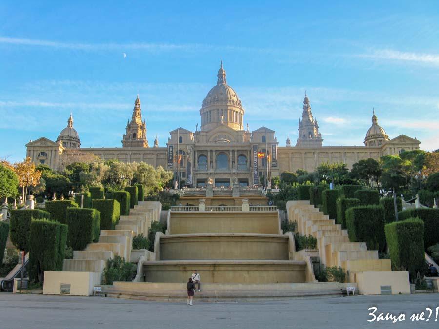 Дворецът