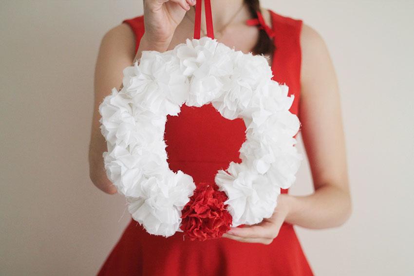 Diy une couronne de no l fleurie miss blemish blog lifestyle inspirant a - Diy couronne de noel ...