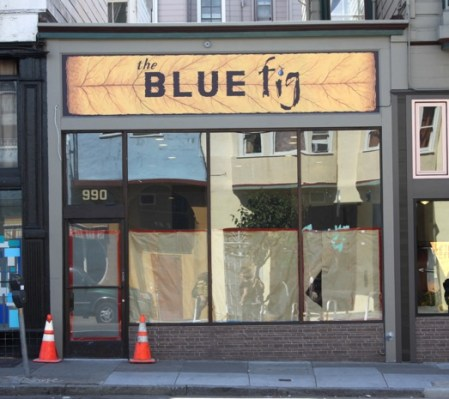 990 Valencia. Soon to be the Blue fig café.