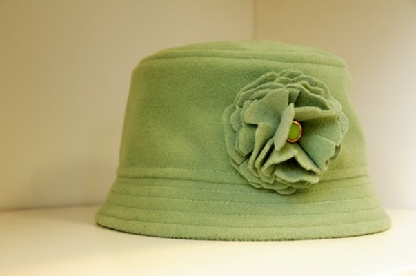 ADS mint green felt cloche hat with matching hand-made flower by Tachkova.