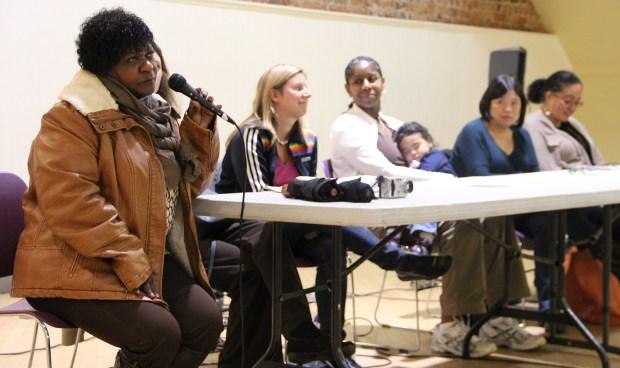 Hubo ocho participantes que hablaron en el foro patrocinado por el Partido Verde en la mesa redonda en el Women's Building. De izquierda a derecha: Marie Harrison, Nicole Derse, Kim-Shree Maufas, Sandra Lee Fewer y Christina Olague.