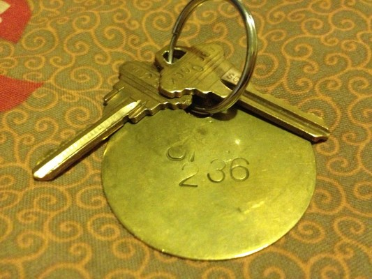 A set of keys to a room at El Capitan. Photo by Carly Nairn.
