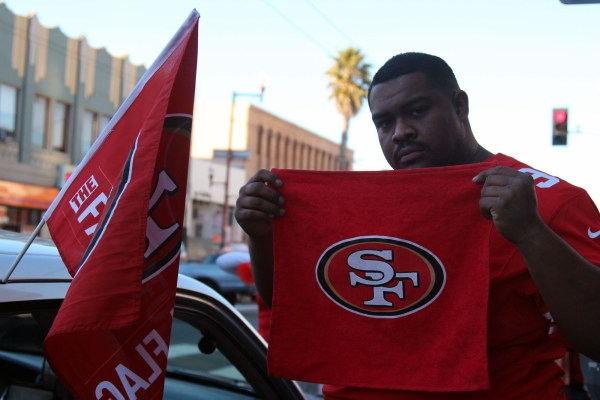 A 49ers fan on 20th and Mission streets.
